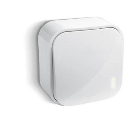Legrand Oteo falonkívüli keresztkapcsoló, kerettel, fehér 696004