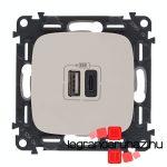 Legrand Valena Allure töltőaljzat kettős USB C-típusú + USB A-típusú csatlakozóval, elefántcsont 754966