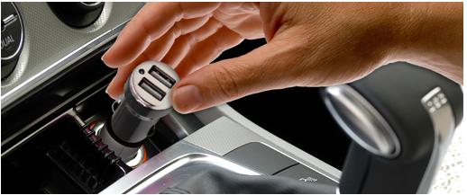 Autós USB töltő Legrand